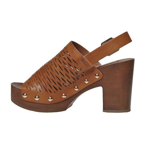Sandali da donna con perforazioni bata, marrone, 761-3599 - 26