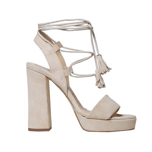 Sandali di pelle con tacco e lacci bata, beige, 763-8581 - 15