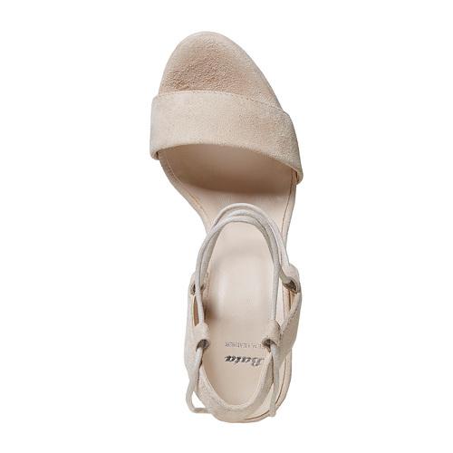 Sandali di pelle con tacco e lacci bata, beige, 763-8581 - 19