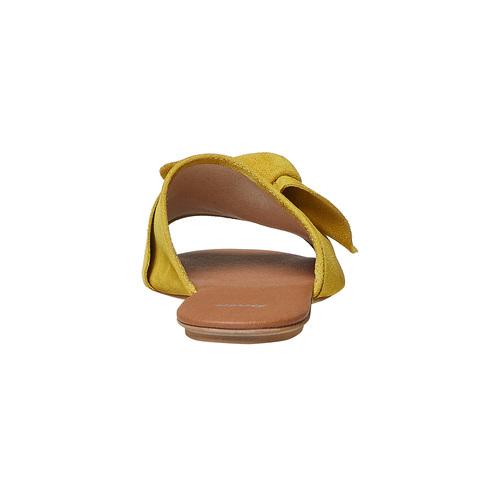 Slip-on in pelle da donna bata, giallo, 563-8411 - 17