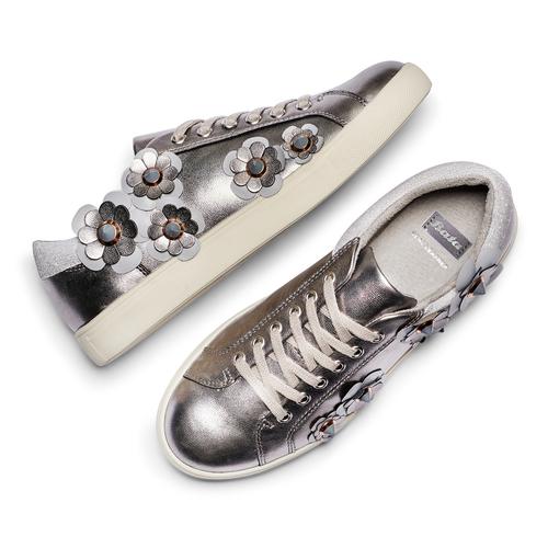 Sneakers con dettagli floreali bata, argento, 541-2166 - 26
